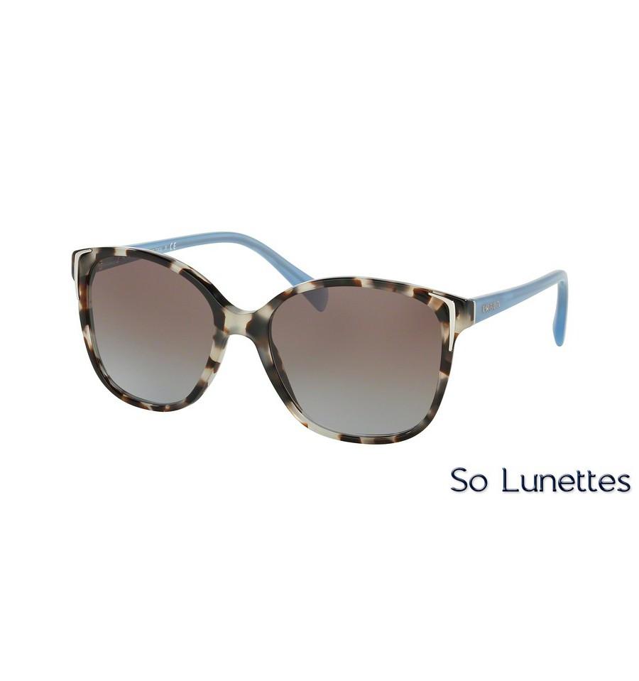 42e0f7bd40 Lunettes de soleil Prada femme PR 01OS UAO4S2 monture écaille verre ...